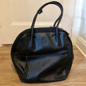 Lululemon yoga gym travel bag, black
